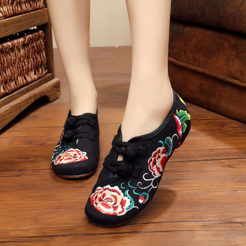 New spring and summer Chinese style Vintage peony embroidery women flats shoese for ladies fashion dance Cloth shoes<br><br>Aliexpress