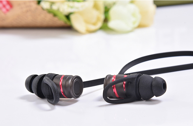 New fashion CSR8645 sweatproof HD sound metal magnet sport in ear fone bluetooth earphone headset earpods for phone