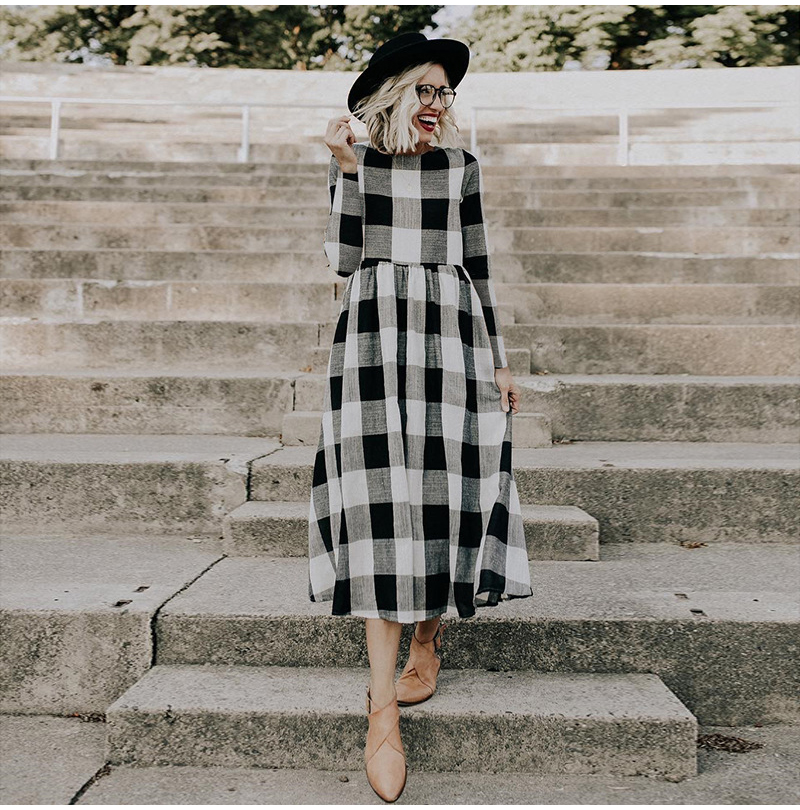 LOSSKY Fashion O-neck Long Sleeve Black White Plaid Maxi Dress Women 2018 Autumn Winter Vintage Casual Linen Long Ladies Dresses 2