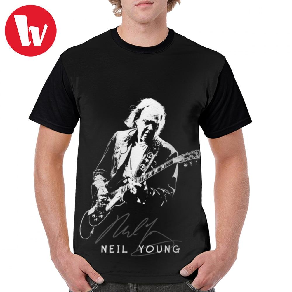 New NEIL YOUNG Rock Music Legend Men/'s Black T-Shirt Size S to 3XL