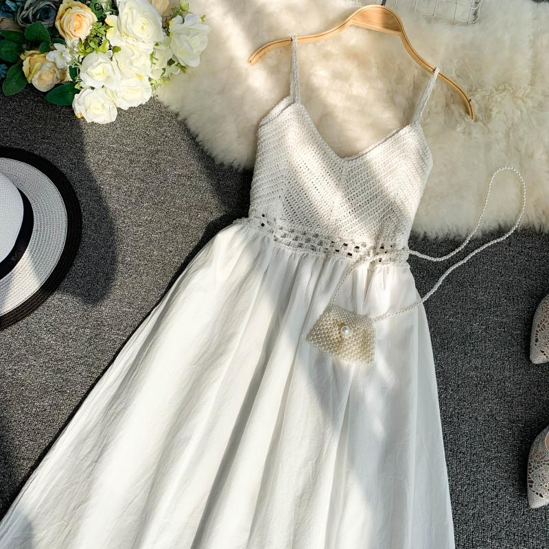 19 new fashion women's dresses Fresh openwork knit stitching V-neck strap high waist dress 3