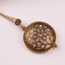 New Arrival  Fashion Reading Glass Necklace 2x Magnifying Glass Pendant Women Necklace Gold Alloy