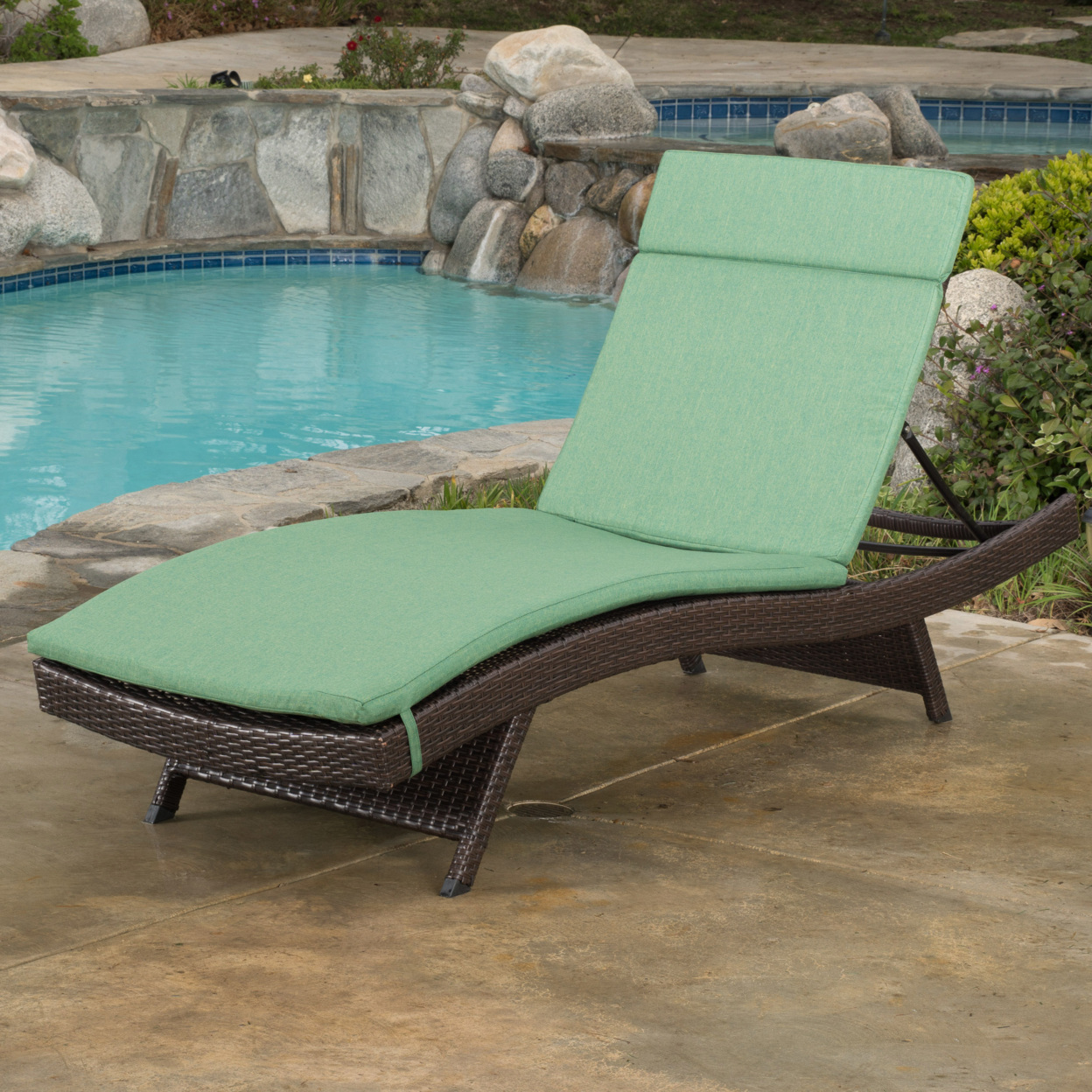 Lakeport Outdoor Adjustable Chaise Lounge Chair w/ Cushion (3)