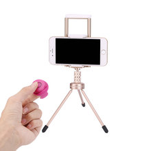 Wireless Shutter Bluetooth Mini Clip-on Remote Control Phone Photo Self-timer for IOS Android Phone Remote Controller Universal