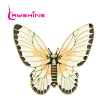 Fashion Jewelry Retro Style Antique Gold-Color Beige Orange Enamel Butterfly Lovely Girl Insect Brooch Fashion Women Accessories