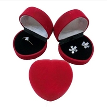 (Min order $15) 3 Colors Red Suede White Velvet Domed Love Heart Ring Gift Box Wedding Jewelry Showcase free shipping
