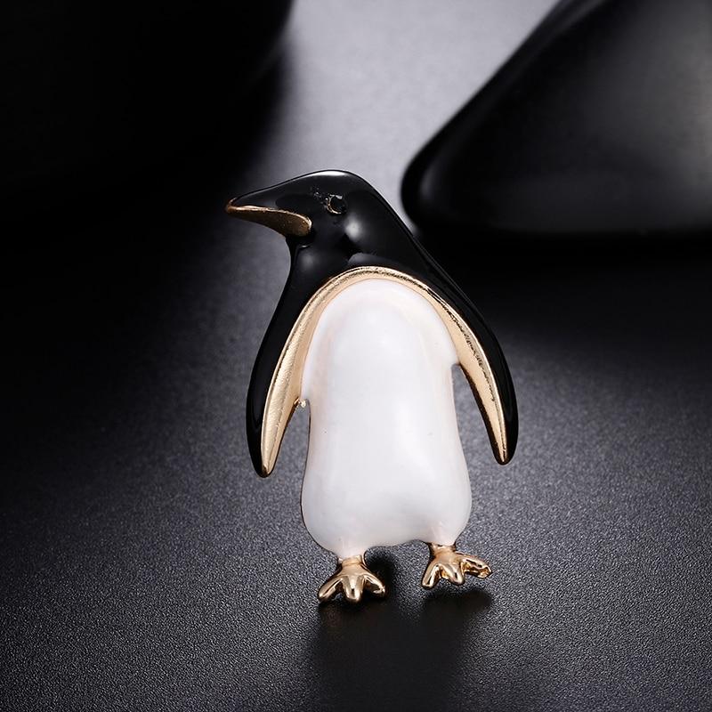 1PC Enamel Cartoon Penguin Brooch Lovely Animal Lapel Collar Pin Women Jewelry Sweater Scarf Suit Pins Accessories