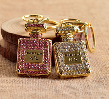 one piece fashion gold palted alloy perfume bottle keychains mix color rhinestone popular car key chains xyk106