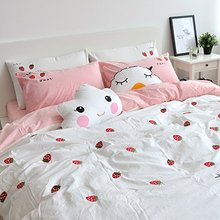 WINLIFE Strawberry Embroidered Bedding Set Japanese Style Duvet Cover Set(China)