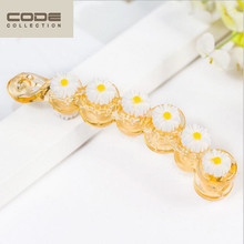 2016 New Hairgrips Banana Hairpins Arcylic Fresh Daisies Hair Clip Trendy Barrettes For Women Girl Hair Accessories Headwear