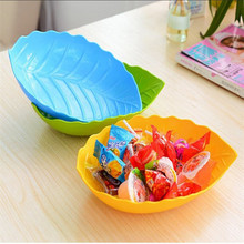 2016 19x14cm Fruit Dish Candy Tray Leaf Shape Plastic Fruit Plate Snacks Dish  Blue Green Orange Pink Red Yellow To choose