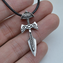 1pcs Elder Scrolls Pendant Antique Silver Celtics Sword Pendant Amulet Necklace XL46