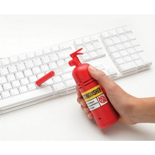 Free Shipping 1Piece Keep Your Desk Tidy Red Desktop Dust Extinguisher Mini Desktop Vacuum Retail Package Scourer Table Decor