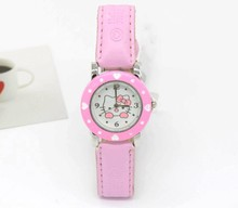 2015 NEW HOT Sale Fashion Girls Cute Cartoon Watch Hello Kitty Watches Woman Children Quartz Watch 3 Color(China)