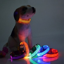 High quality Adjustable Nylon Pet Dog Leopard Collar Night Safety Glow LED Light-up luminous Flashing Pets Cat Dogs Neck Strap