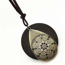 New Casual Fashion Handmade Collar Round Wood Retro Vintage Alloy Hollow Tree Soft Leather Pendants Necklace Women Men Jewelry