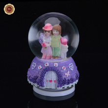 WR Hot Selling Creative Snow Glass Crystal Ball Music Box Send Boyfriend and Girlfriends Creative Birthday Gifts