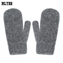 2017 New Knitted Warm Cashmere Mittens&Gloves For Women Men Fashion Comfortable Winter Gloves Print Design Outdoor Female Gloves(China)