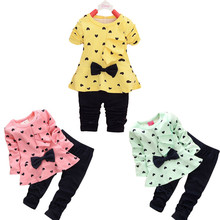 Baby Grils Suits Clothes 2017 Autumn winter New Baby Sets Heart-shaped Print Bow Cute 2PCS Kids Set T shirt + Pants lowest price