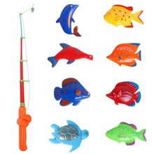 2017 New Summer outdoor games Kids Magnetic Fishing Game Set 8 Fish Catch Hook Pull fish toys plastic toy fish outdoor fun