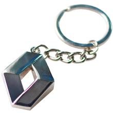 1Pc Fashion Brand New 3D Metal Car Key Ring for Renault Auto Supplies Renault Emblem Keychain Reynolds Car Accessories Key Chain(China)