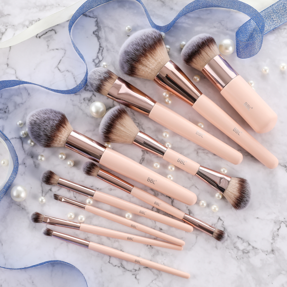 Kabuki Foundation Makeup Brush 8