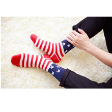 Hot Sale Europe&America Breathable Men Socks meias Wholesale Classical Flag Pattern Men's socks 2017 Explosion Model NQ666910(China)