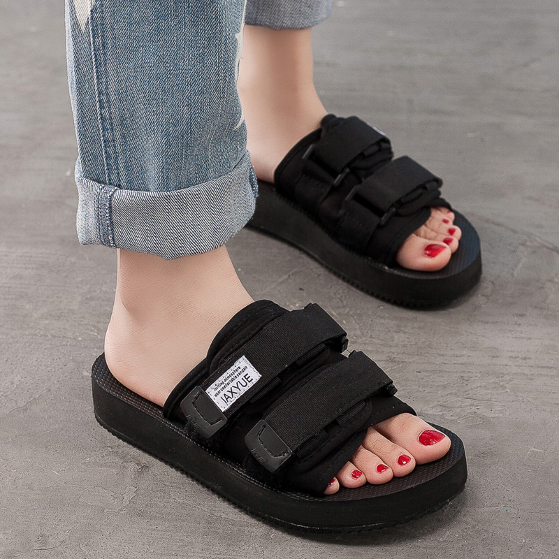 2018 New Unisex Sandals Black Slip on Summer Slippers for Women Sandals Beach Shoes Flat Heel Thick Bottom Neutral Size 35-44<br>