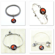2017 Fashion Football Bracelet Super Bowl Cleveland Browns Charm Bracelets & Bangles Femme Men Jewelry Wholesale SPT001(China)