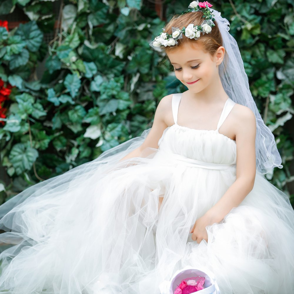 Light Ivory Flower Girl Dresses Gorgeous Tutu Frocks rustic weddings dress Custom Gowns Tulle Bridesmaid clothes with Long Train<br>