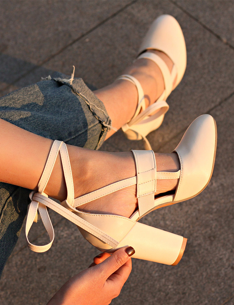 Women Pumps Comfortable Thick Heels Women Shoes Brand High Heels Ankle Strap Women Gladiator Heeled Sandals 8.5CM Wedding Shoes 16