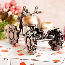 M60B Chain Snowmobile Car model Metal Furnishing Articles Restoring ancient Collection Model(China)