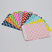 25pcs/lot 12.5*17.5cm Larger Polka-Dot Paper Party Favor Bags Loot Bags Lolly Buffet Crafts Gift Bags Events Party Supplies 9Z