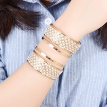 New 2017 Gold Color Hollow Out Punk Bangle Inset Crystal Simulated Pearl Exaggerated Big Bracelet Armbands Bangle Jewelry
