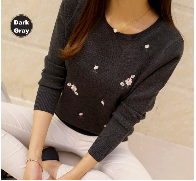 S-3XL New Youth Women's Sweater Autumn Winter 17 Fashion Elegant Peach Embroidery Slim Girl's Knitted Pullover Tops Female 26