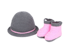 Taobao explosion models hand knitting wool hats and shoes newborn baby photography clothes hook 100 days baby hat and shoes set
