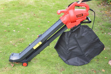Telescopic tube powerful 2800w electric leaf stone blower vacuum,garden home use,hand push electric blower rh