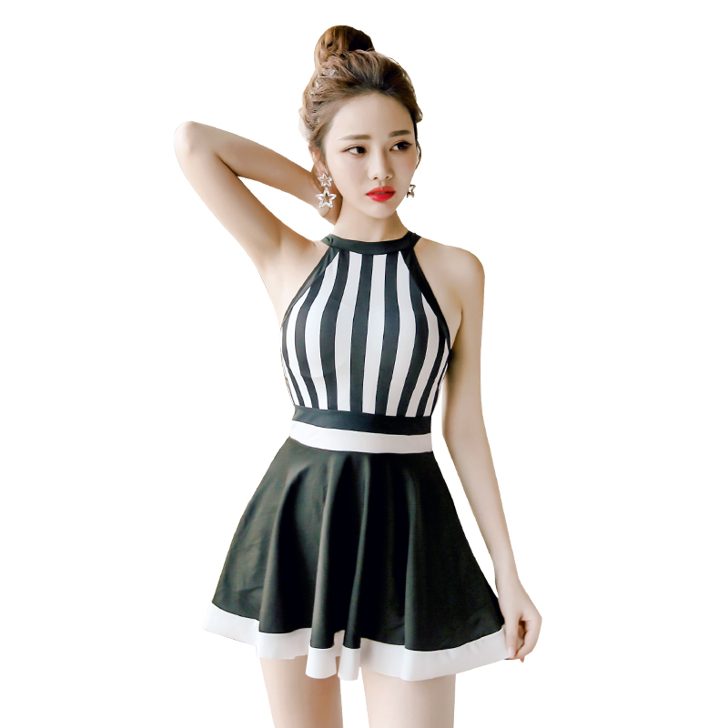 2017NEW Beach Sports Swim Woman One-piece Swimsuit Skirt Style Small Chest Gather Together Swimwear Hot Springs<br>