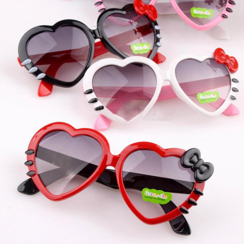 2016 Childrens Eyewear Girls Love Heart  Mirror Sunglasses Summer UV400 Kids Eyewear Plastic Sun Glasses For Girls<br><br>Aliexpress