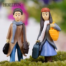 1 PCS Kawaii Cartoon Modern Micro Landscape Style Raincoat Diy Valentine's Day Resin Crafts Artificial Figurine Miniatures