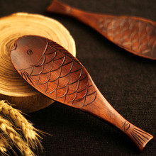 5Pcs/Pack Natural Nanmu Handmade Fish Rice Spoon Japanese Style Airflow Rice Shovel Scale Fish Spoon(China)