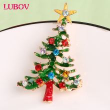 1x Exquisite Christmas Tree with Star Design Brooch European Fashion Glazed Breastpin Women Christmas Gift Jewelry Hot Sale