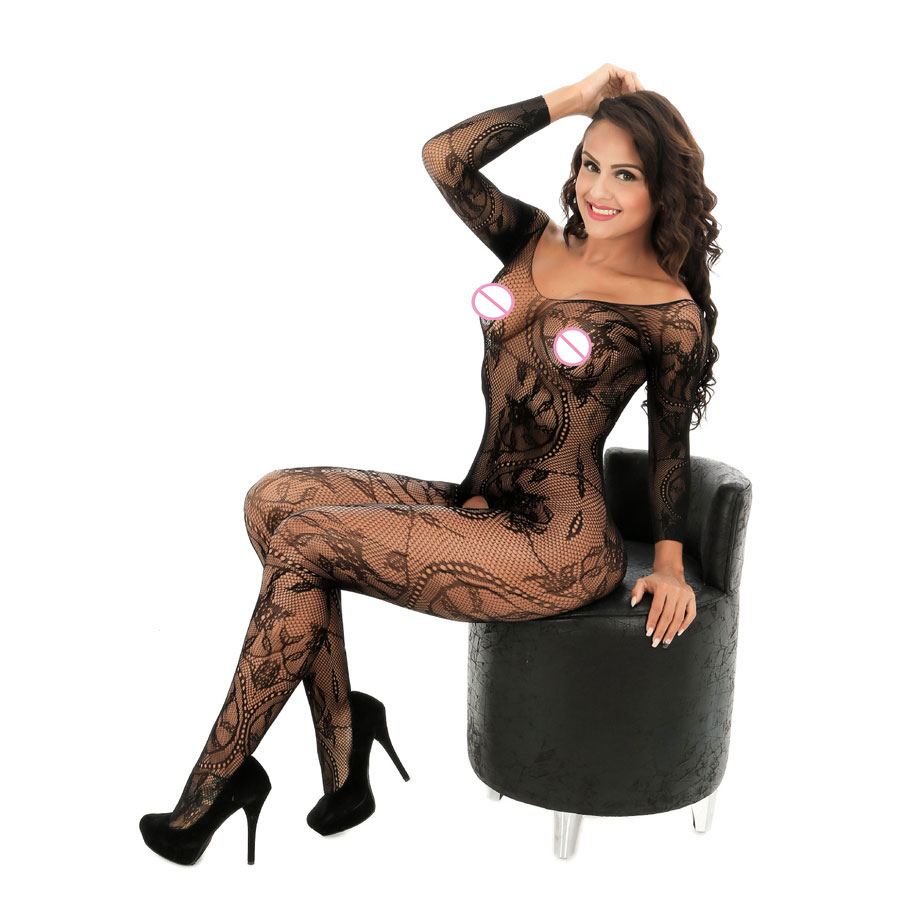 Short haired MILF Katja Kassin models sexy fishnet bodystocking № 57781 бесплатно