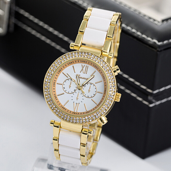 Sell lots of Geneva, Geneva ms three-eyed steel and women Imitation ceramic diamond watches<br>