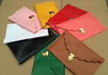 Link to Make Payment for 400PCS Scalloped Clutches