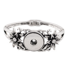 Buy New Silver Color Crystal Flower Classic Bangle Charm Bracelet Women Snap Jewelry Fit 18/20mm Snap Button Wholesale KC0743 for $2.10 in AliExpress store