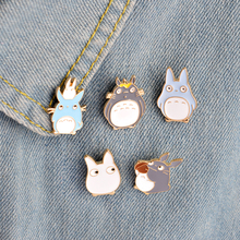 5pcs/set Childhood Cartoon My Neighbor Lovely Totoro Chinchilla Brooch Button Pins Denim Jacket Pin Badge Animal Jewelry Gift