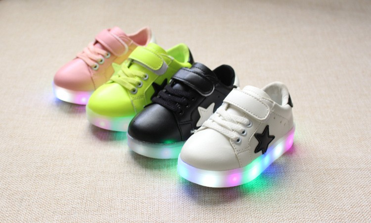 New 17 Cool LED lighted fashion new brand breathable children shoes cute little baby girls boys shoes kids sneakers 3