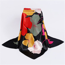 90*90cm Summer New Fashion Bandana Luxury Women Scarves Flower Butterfly Print Square Silk Scarf Autumn Winter Women Shawl