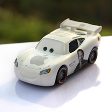 Pixar Cars Apple Commemorative Edition Lightning McQueen Metal Diecast Alloy Model Cute Toy Car 1:55 Scale Children'S Toy Car(China)